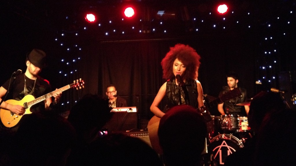 Andy Allo @ Dingwalls, Camden by Aaron Lee (Nov 2013)