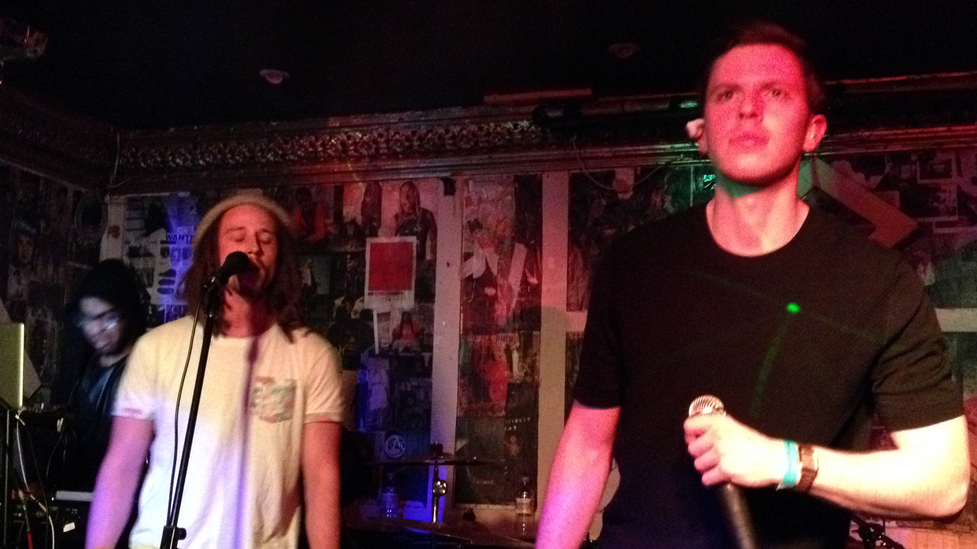 JP Cooper and Nick Brewer, The Victoria, Dalston, May 11, 2015, by Aaron Lee, 01 (1920x1080)
