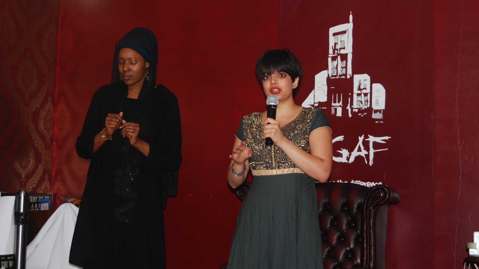 Golden Blue and Shareefa Energy, D'Gaf, Jul 21, 2015, by Aaron Lee (1920x1080)