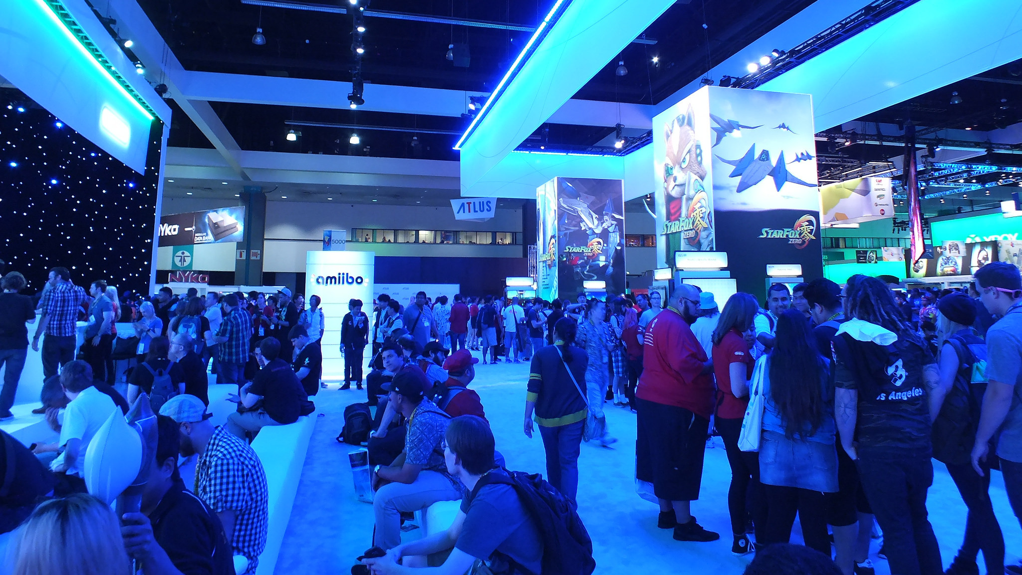 Nintendo, E3 2015 booth, 18/06/2015, by emr9801 (2048x1152)