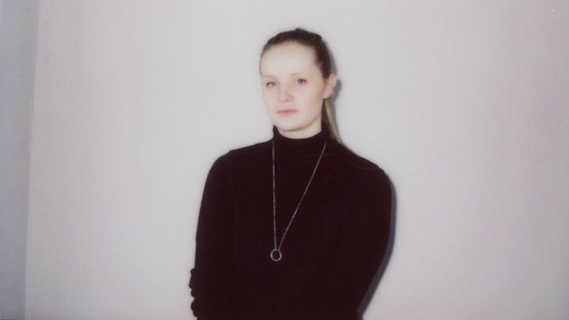 Charlotte Day Wilson, 2016, by Devon Little (569x320)